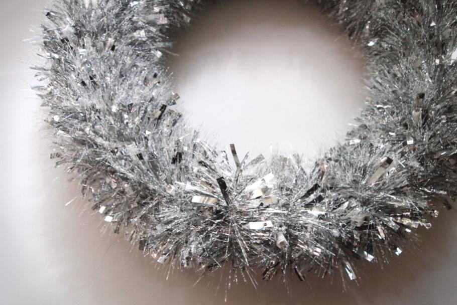 DIY Metallic Garland Wreath FULL