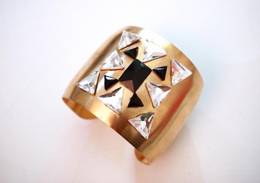 Glitter N Glue DIY Swarovski Crystal Cuff DETAIL