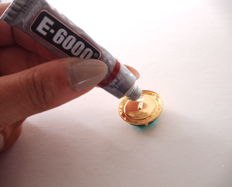 Glitter N Glue DIY Emerald Green Button Ring GLUE