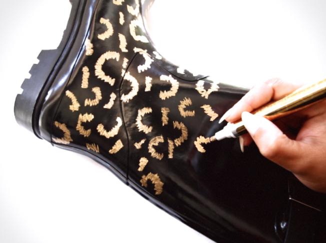 Glitter N Glue DIY Gold Leaf Leopard Rainboots DRAW