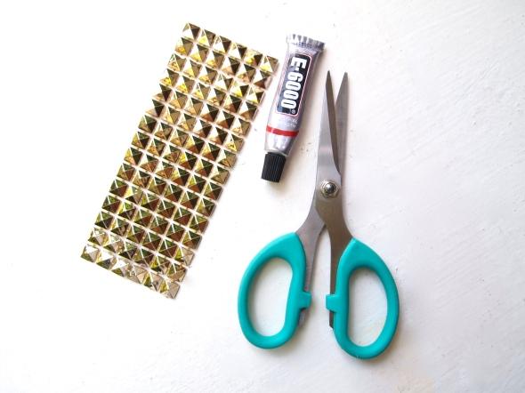 Glitter N Glue DIY Sole Society Julianne Hough Stud Embellishment Pump MATERIALS