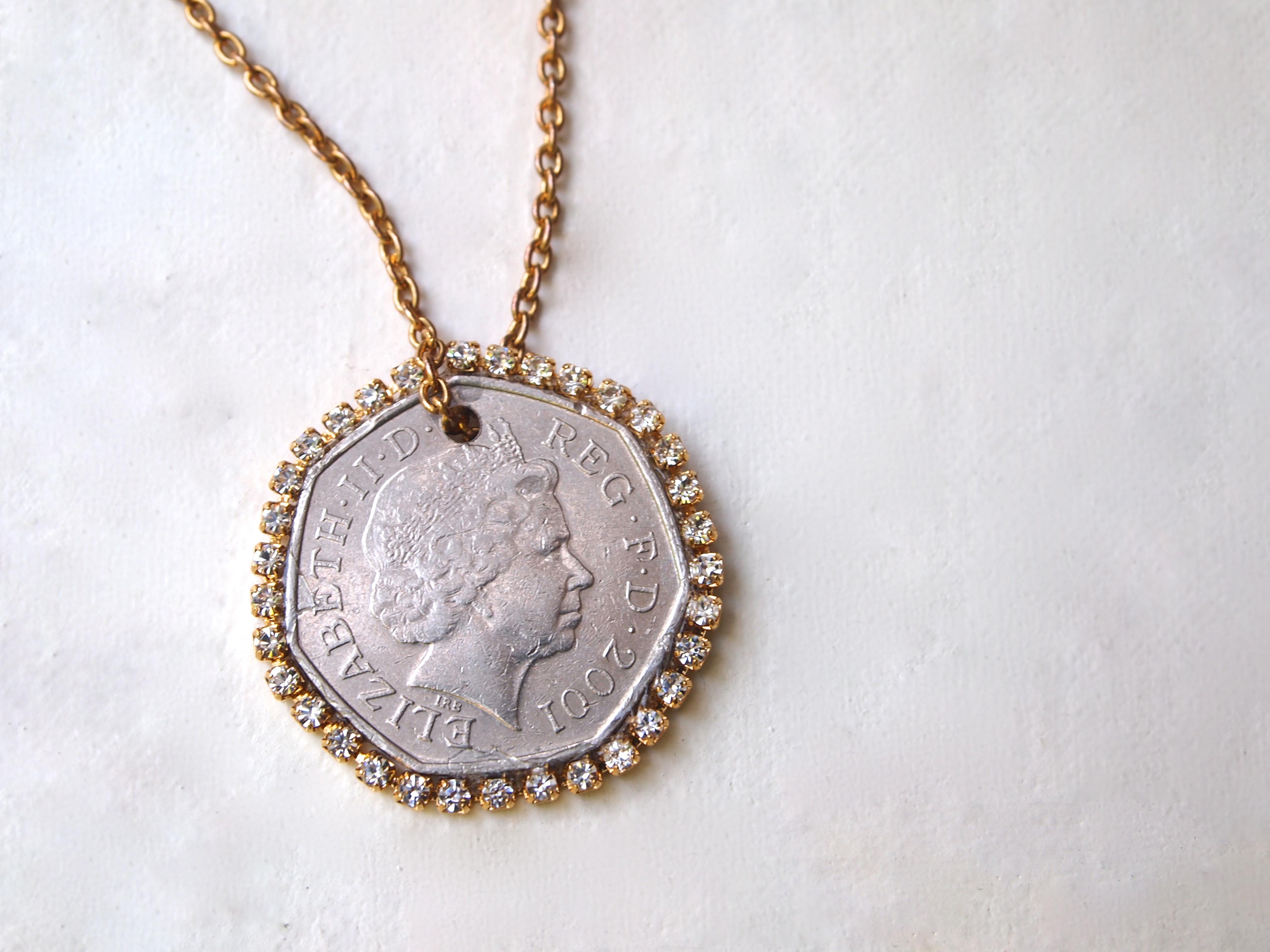 Diy coin n rhinestone pendant necklace diy coin n rhinestone pendant necklace aloadofball Gallery