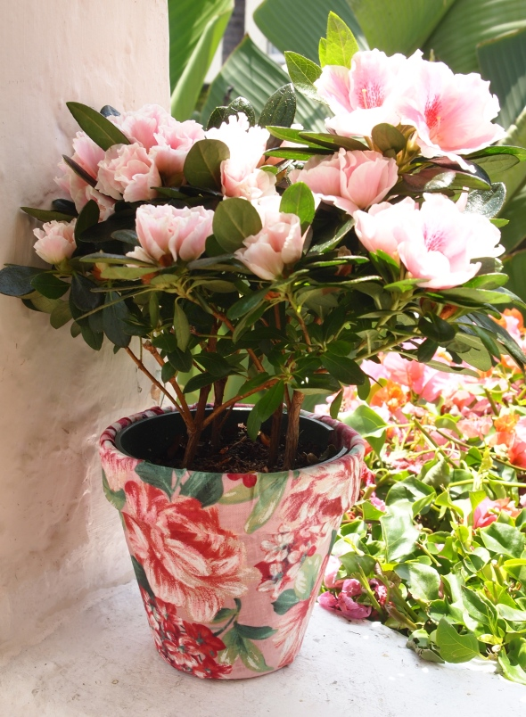 Glitter N Glue DIY Floral Fabric Covered Clay Pot