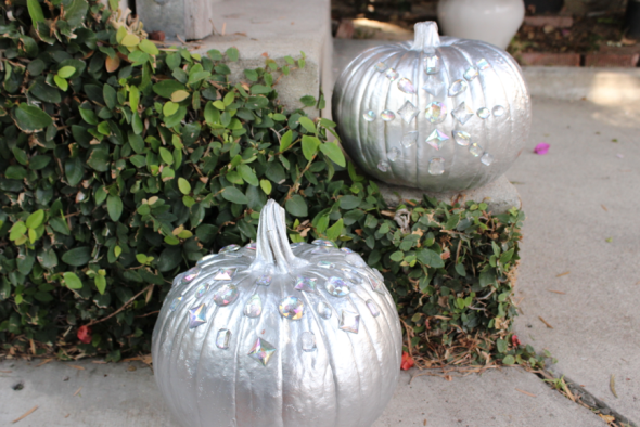 glitter n glue diy glam pumpkins 2