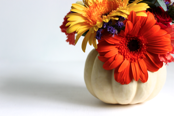 Glitter N Glue DIY Thanksgiving Pumpkin Centerpiece 9