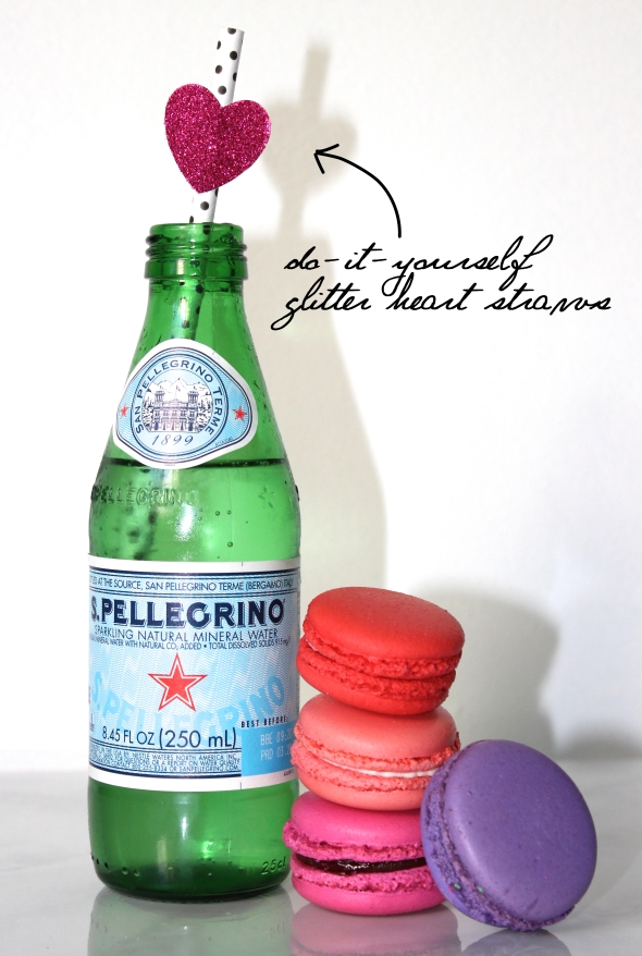 Miss Kris and Glitter 'N Glue DIY Glitter HEart Valentine's Day Straws HEARTS